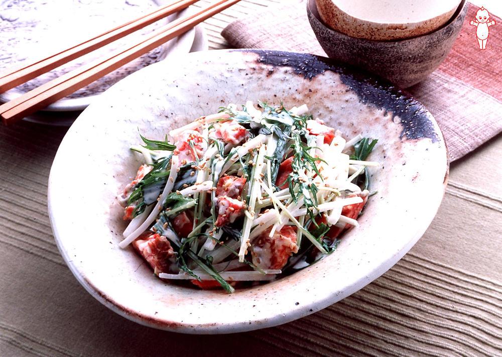 写真:水菜と塩鮭のまぜまぜサラダ