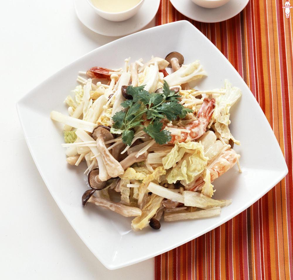 写真:白菜とえびのマヨネーズ炒め