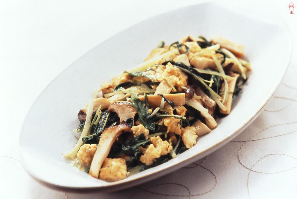 写真:水菜とエリンギのマヨネーズ炒め