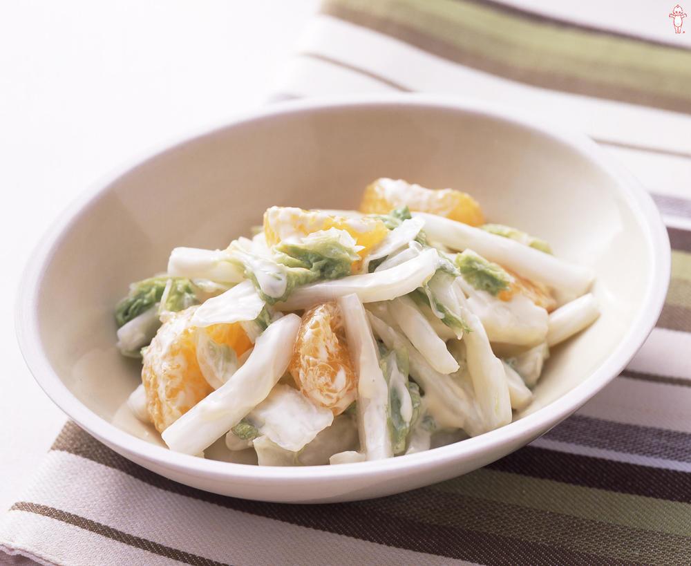 写真:白菜とみかんのサラダ