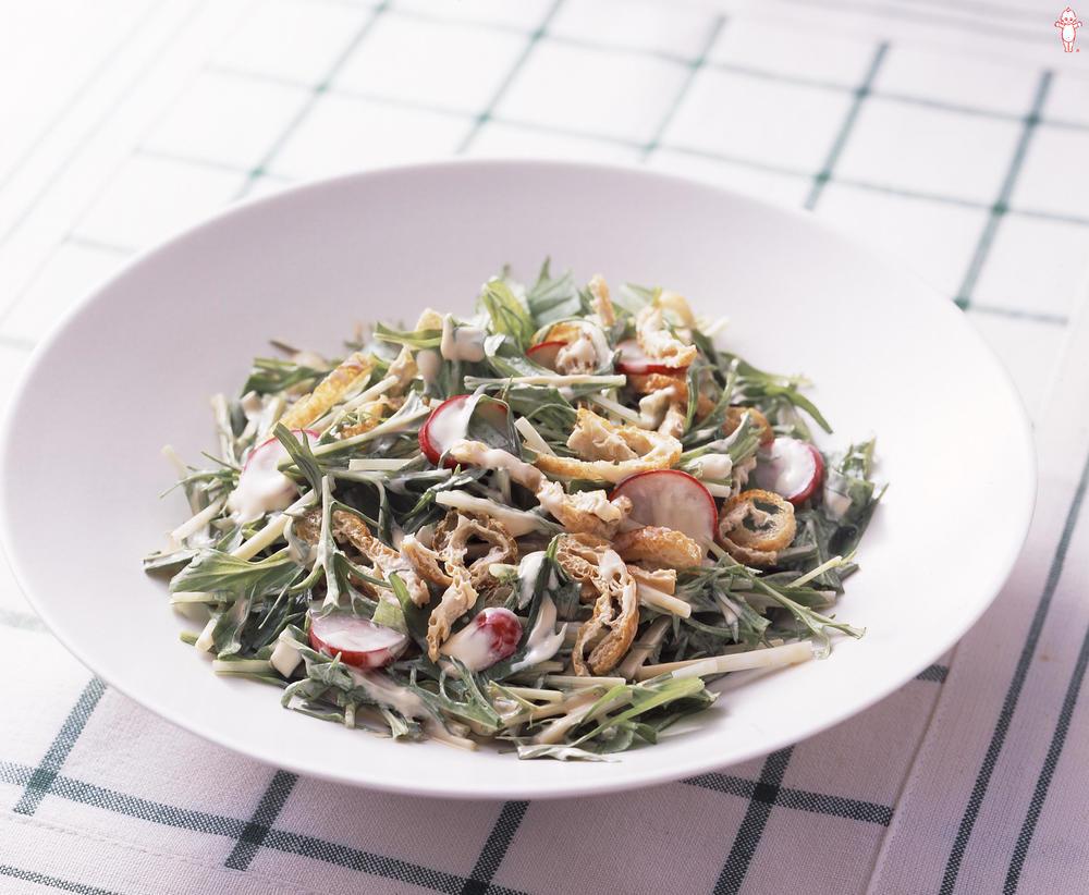 写真:水菜と油揚げのサラダ