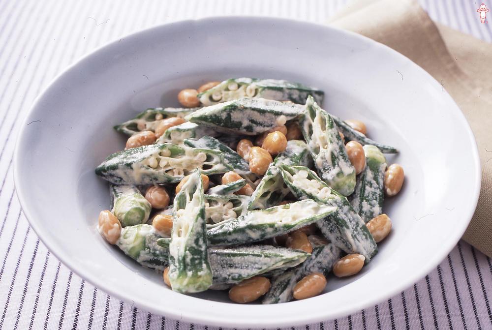 写真:大豆とオクラのサラダ