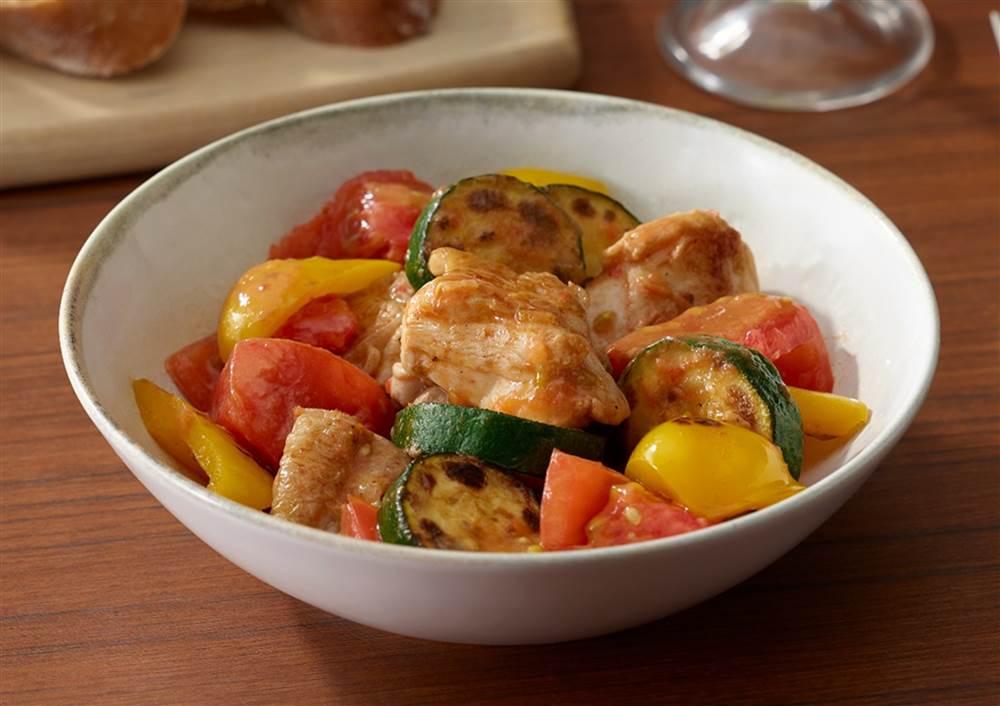 写真:ズッキーニとトマトのマヨソテー ラタトゥイユ風