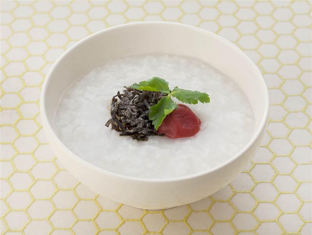 写真:塩昆布と梅干しのおかゆ