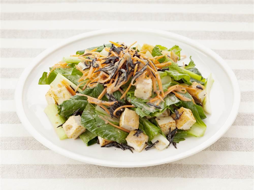 写真:小松菜と厚揚げのあえサラダ