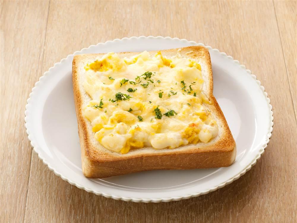 写真:たまごとポテトのチーズトースト