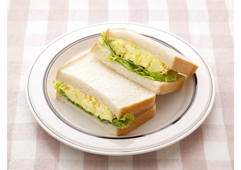 写真:たまごとポテトのサンドイッチ