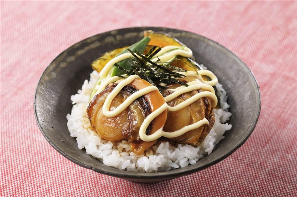写真:ほたての照り焼きマヨ丼