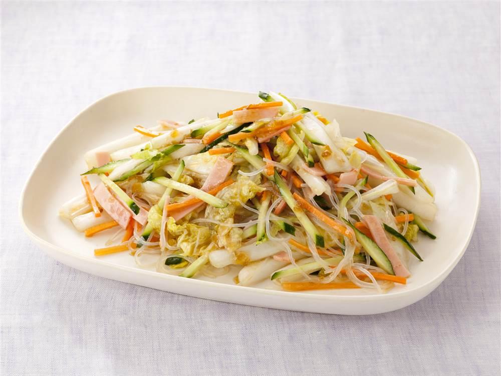写真:白菜たっぷり春雨サラダ