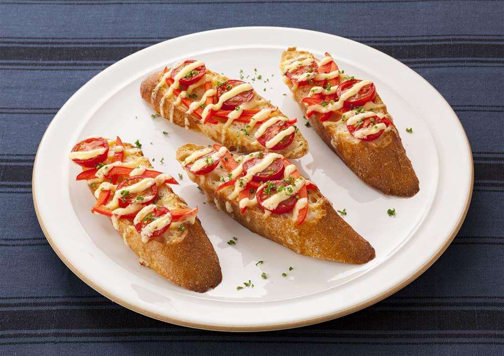 写真:プチトマトとパプリカのマヨタルティーヌ