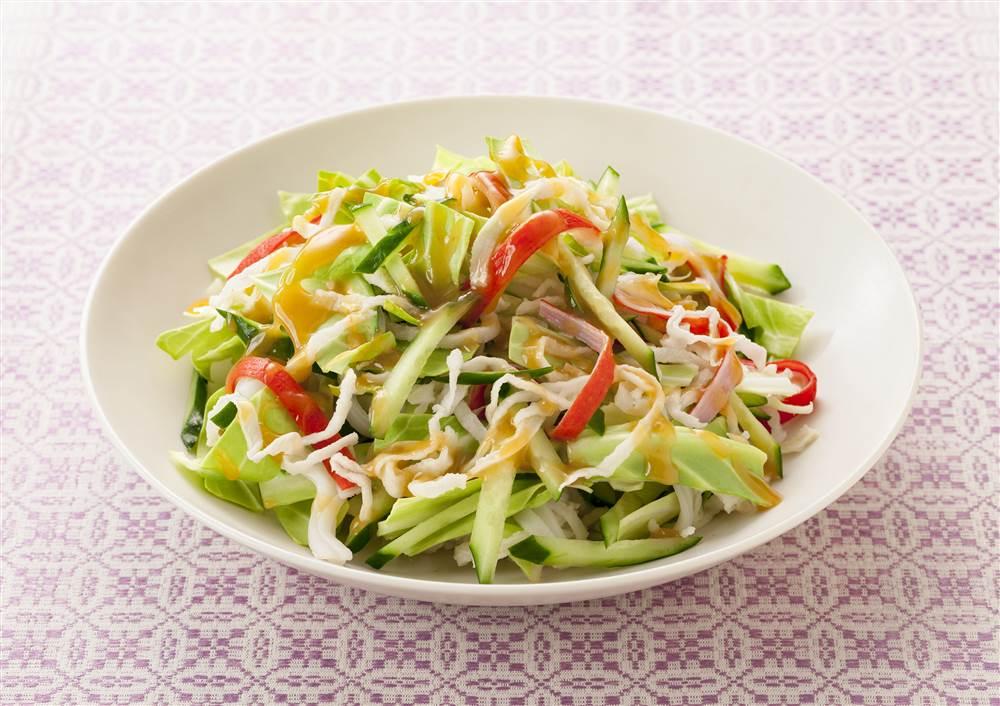 写真:キャベツと切干し大根のサラダ