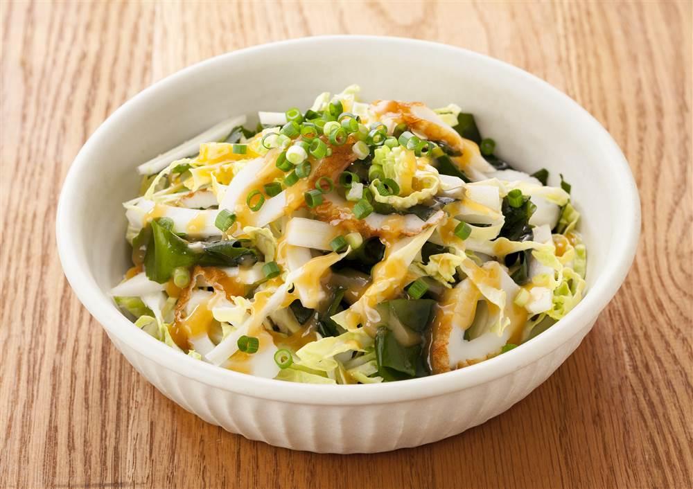 写真:白菜とわかめの和風サラダ