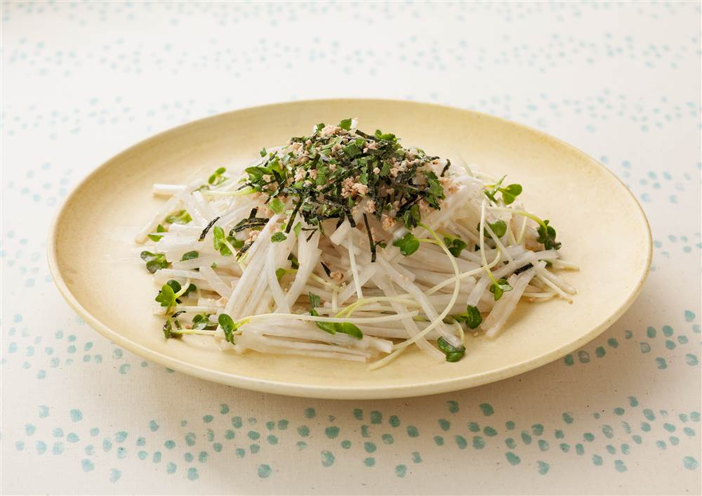 写真:炙りたらこの大根サラダ