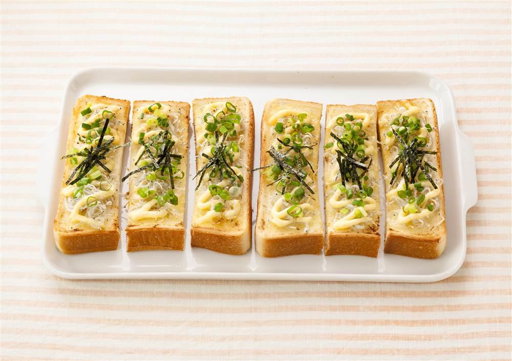 写真:しらすマヨスティックトースト