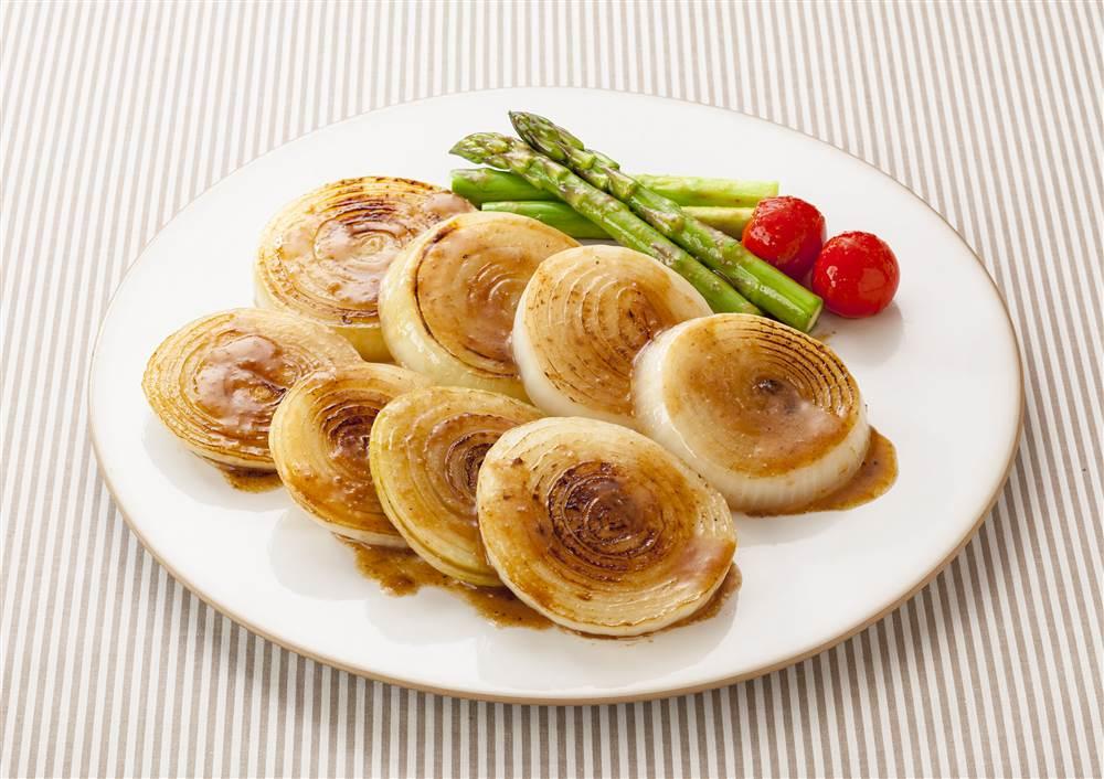 写真:新玉ねぎのステーキ