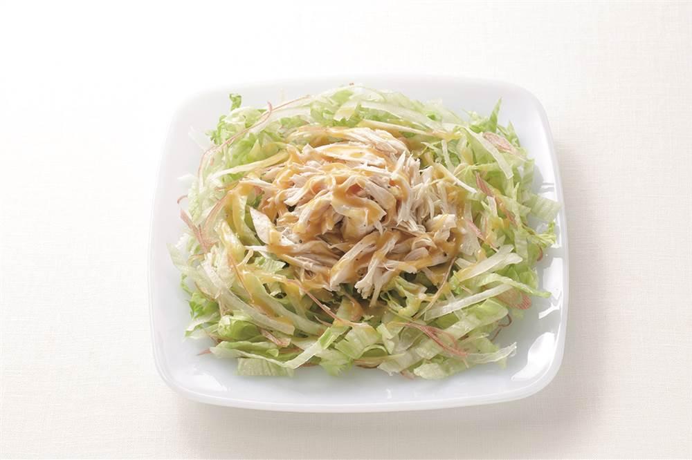 写真:レタスとみょうがと鶏ささみの和風サラダ