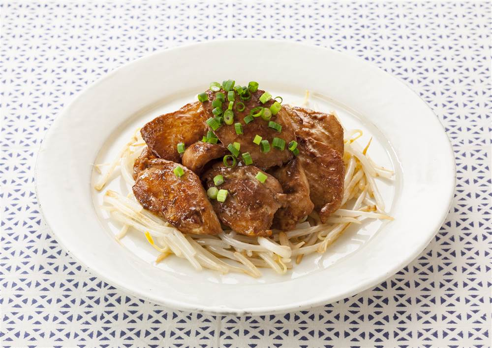 写真:鶏むね肉のしょうゆマヨ焼き もやしソテー