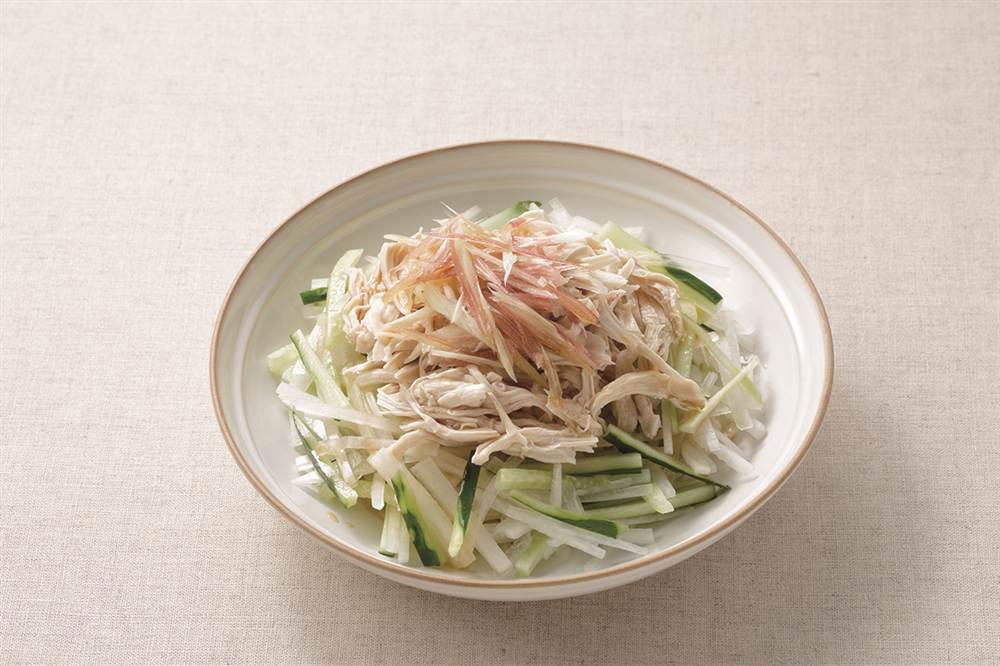写真:大根と鶏ささみのサラダ