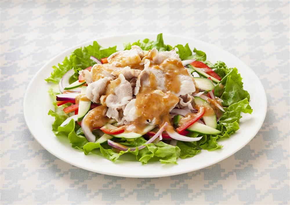 写真:豚しゃぶとカラフル野菜のサラダ