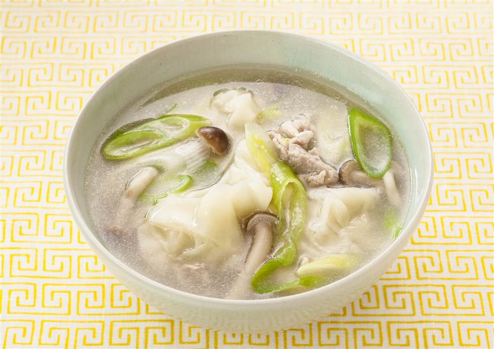 写真:包まないワンタン入り白湯スープ