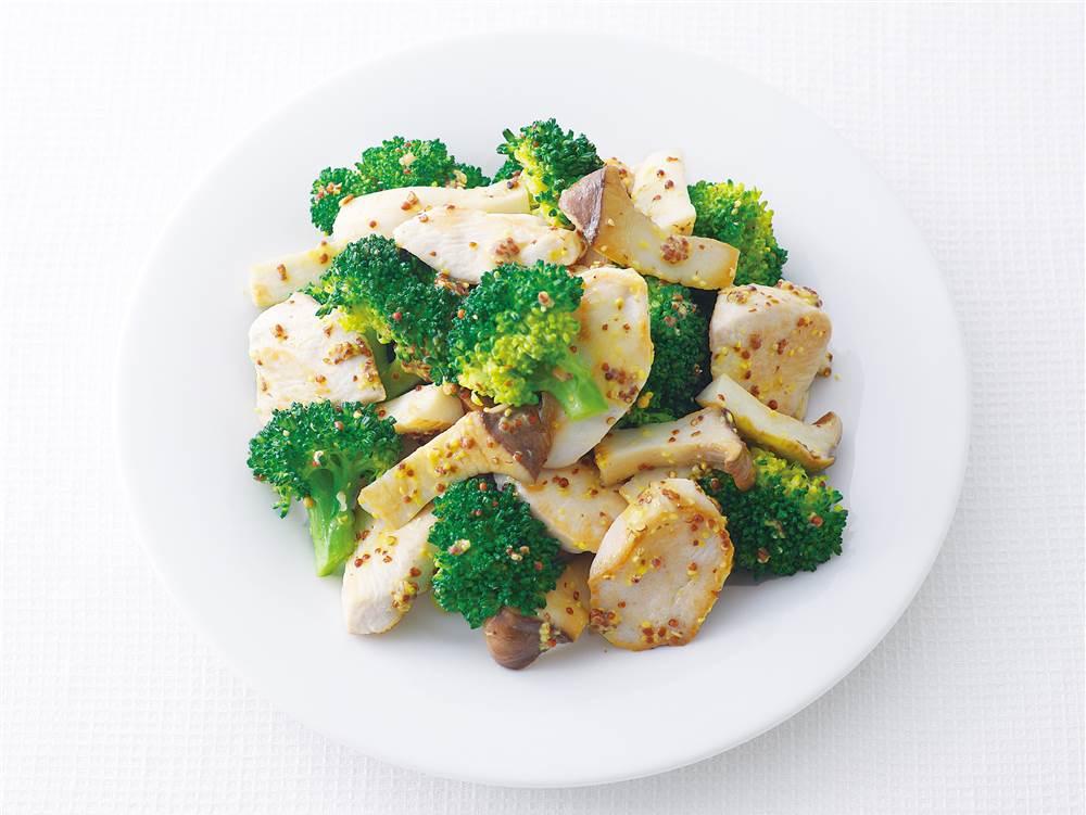 写真:鶏むね肉とブロッコリーのマスタードマヨ炒め