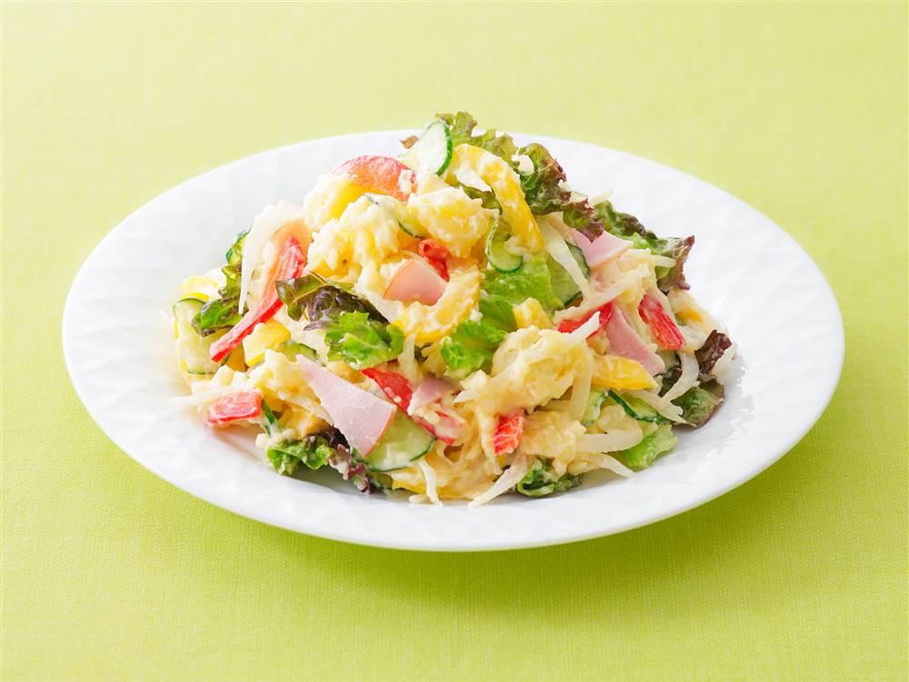 写真:彩り野菜のポテトサラダ