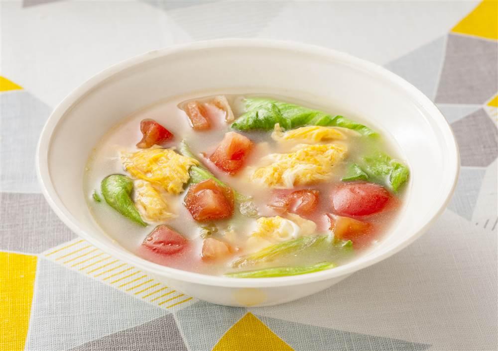 写真:トマトとたまごの白湯スープ