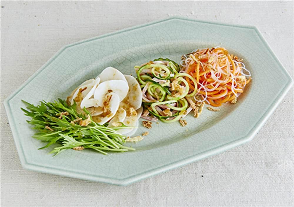 写真:彩り野菜と春雨のベジヌードルサラダ