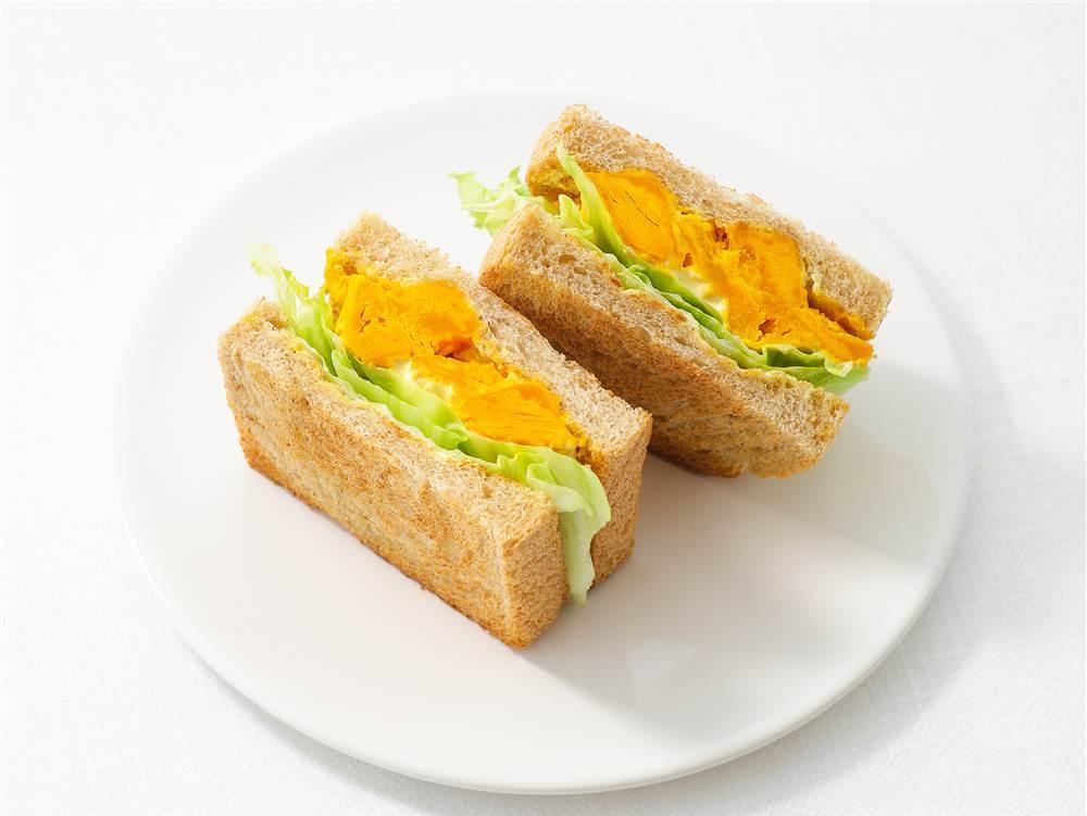 写真:かぼちゃサラダのトーストサンド