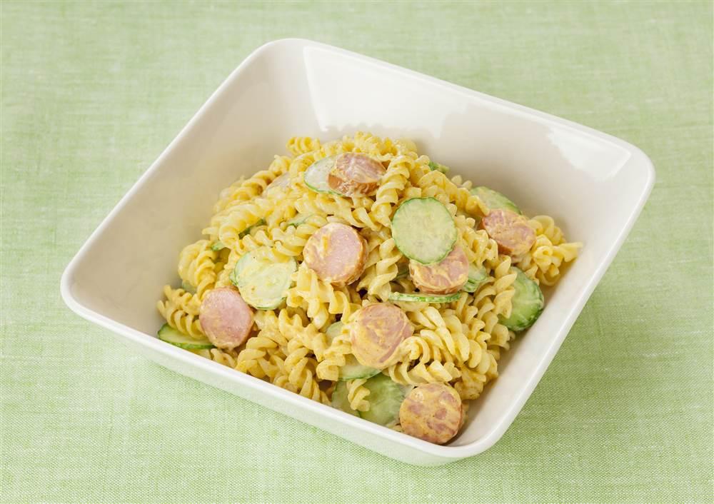 写真:カレー風味のマカロニサラダ