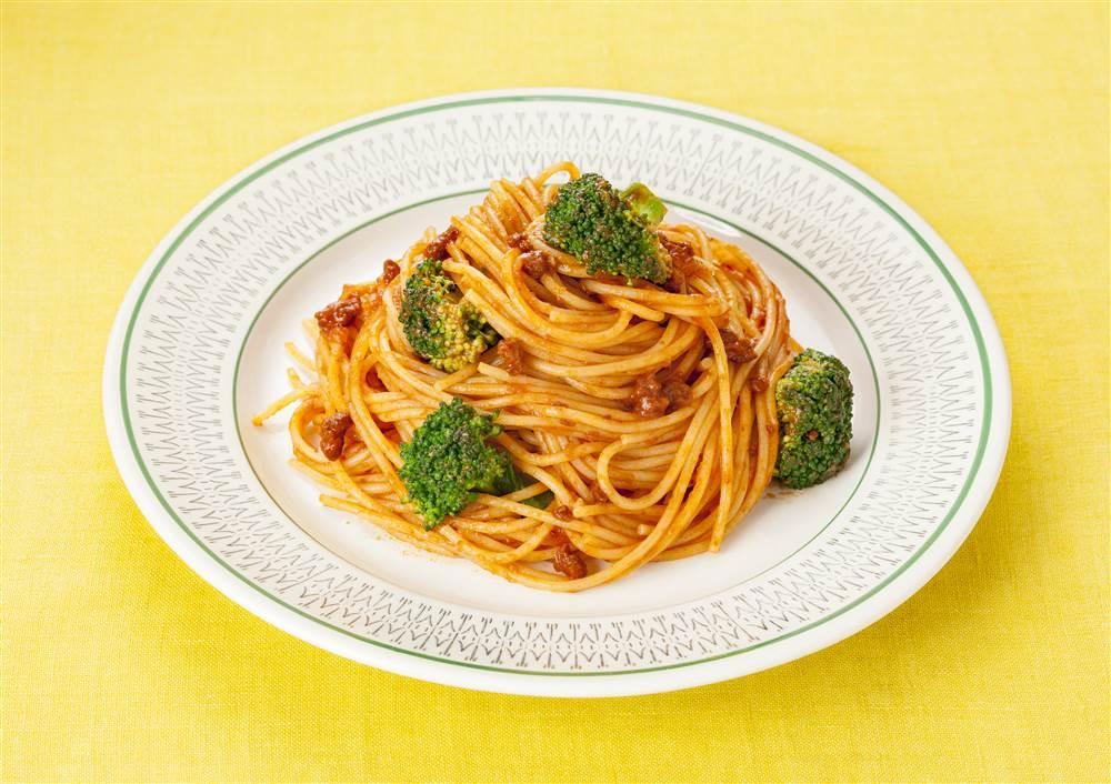 写真:ブロッコリーのミートトマトスパゲッティ
