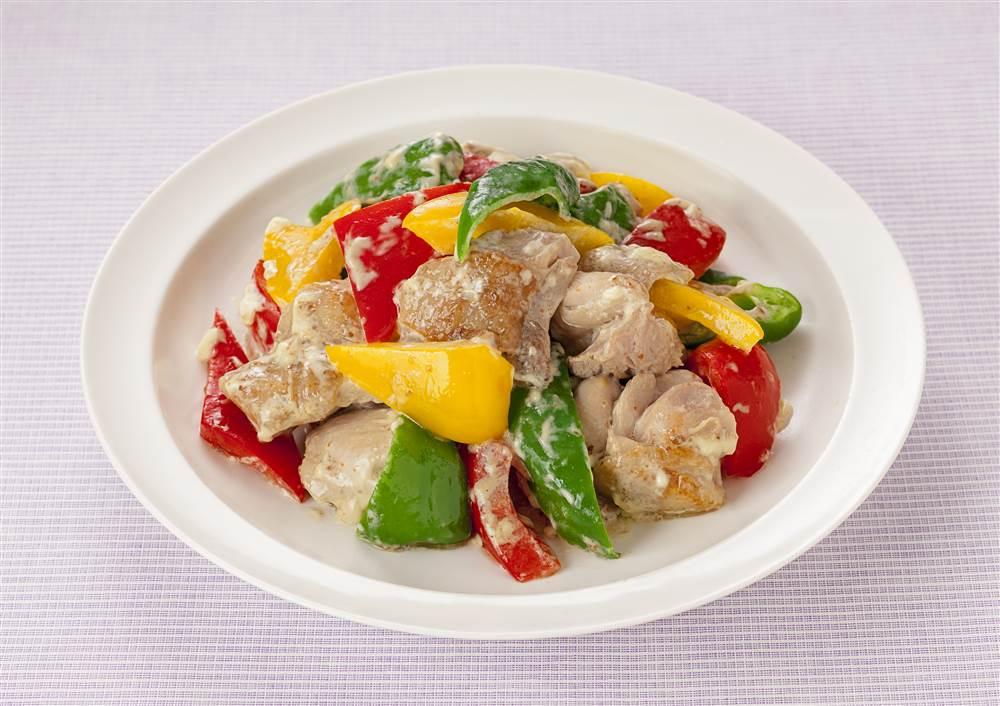 写真:柚子こしょう&マヨで!鶏肉と彩り野菜の炒め物