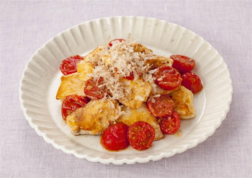 写真:かじきまぐろとプチトマトのマヨソテー