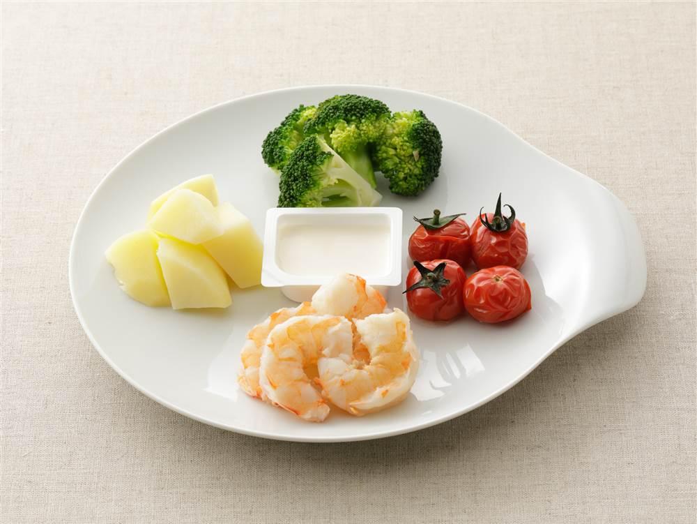 写真:蒸し野菜とえびのディップ