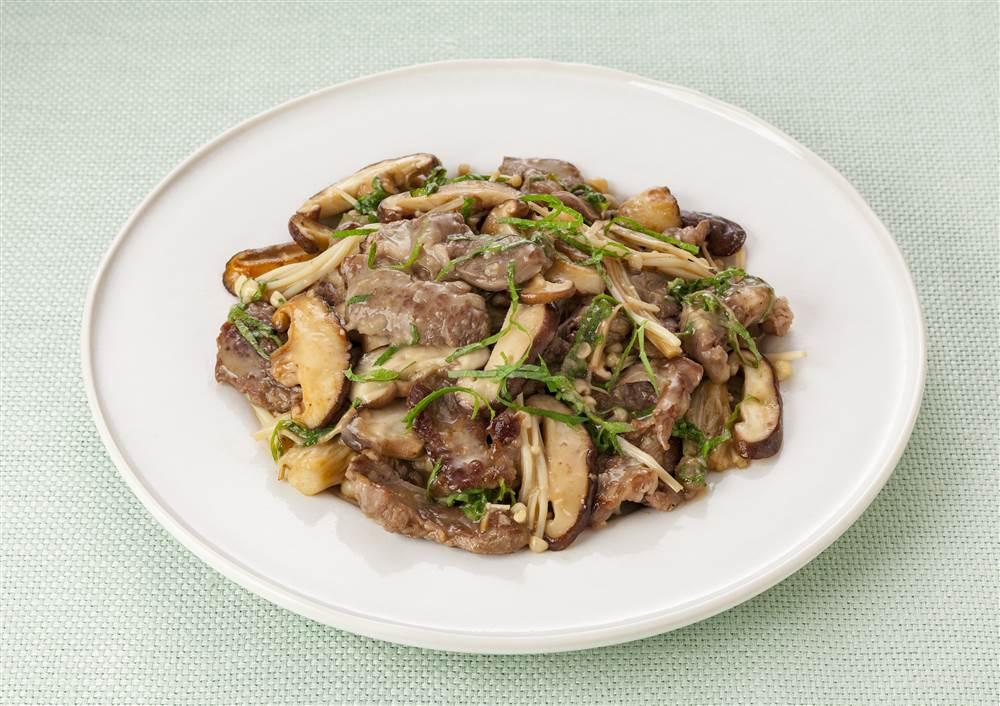 写真:ラム肉ときのこのすりオニ炒め