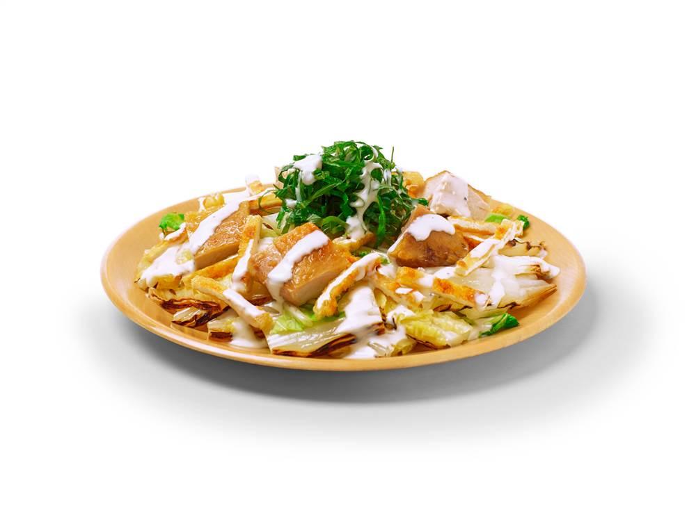 写真:焼き白菜とチキンのサラダ