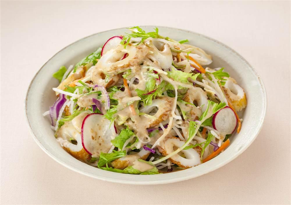 写真:水菜と大根とちくわのサラダ