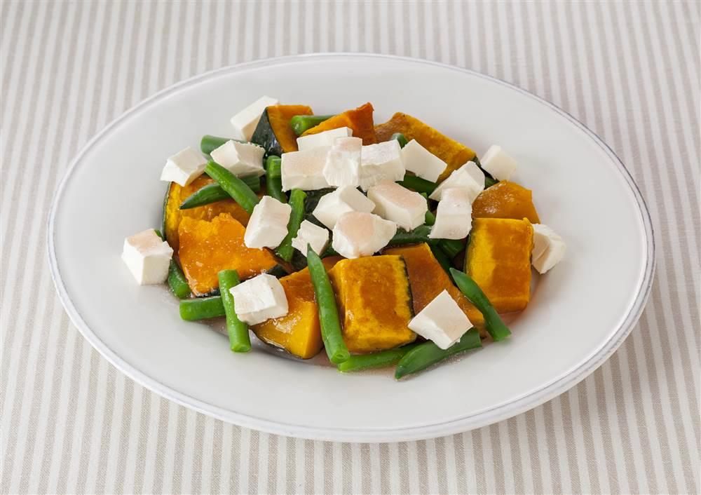 写真:かぼちゃとクリームチーズのサラダ
