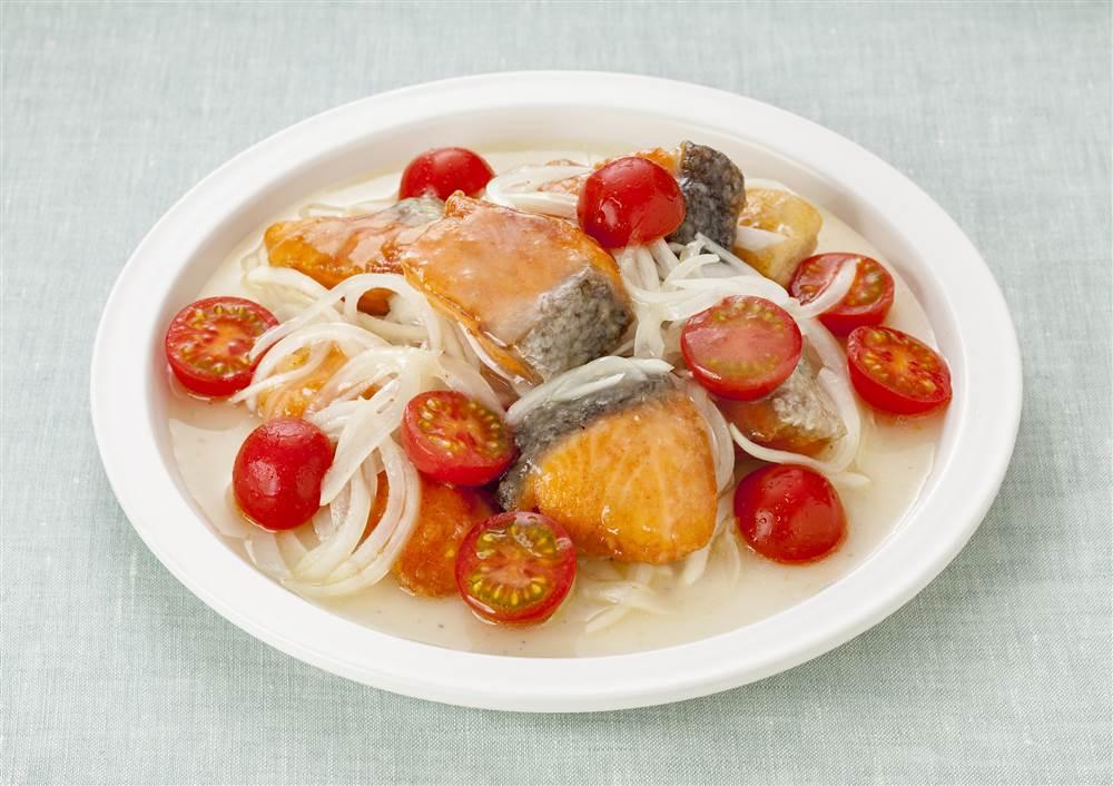 写真:鮭の洋風南蛮漬け レモン風味