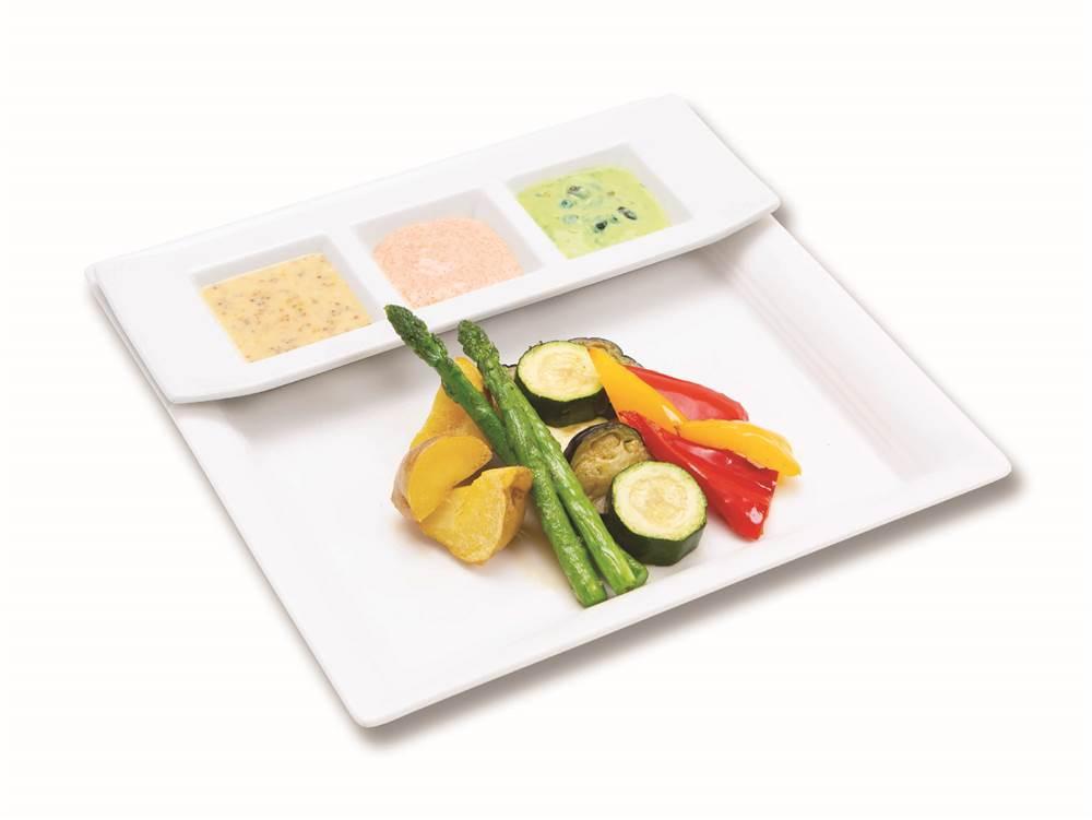 写真:素揚げ野菜と3種のマヨディップ