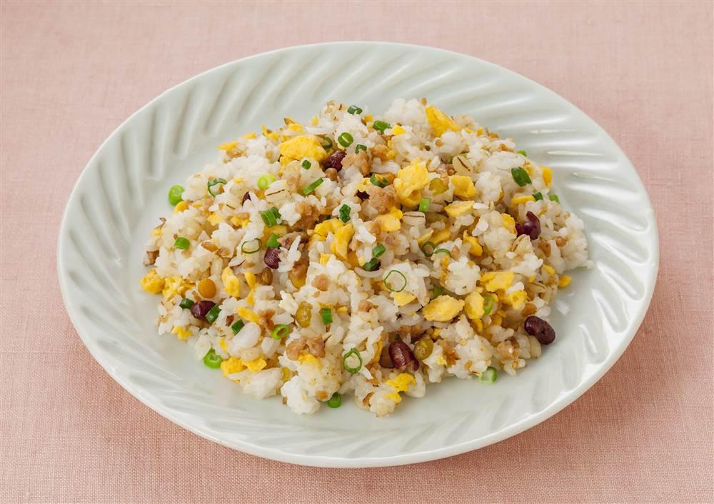 写真:大豆ミートミックスとたまごの炒飯