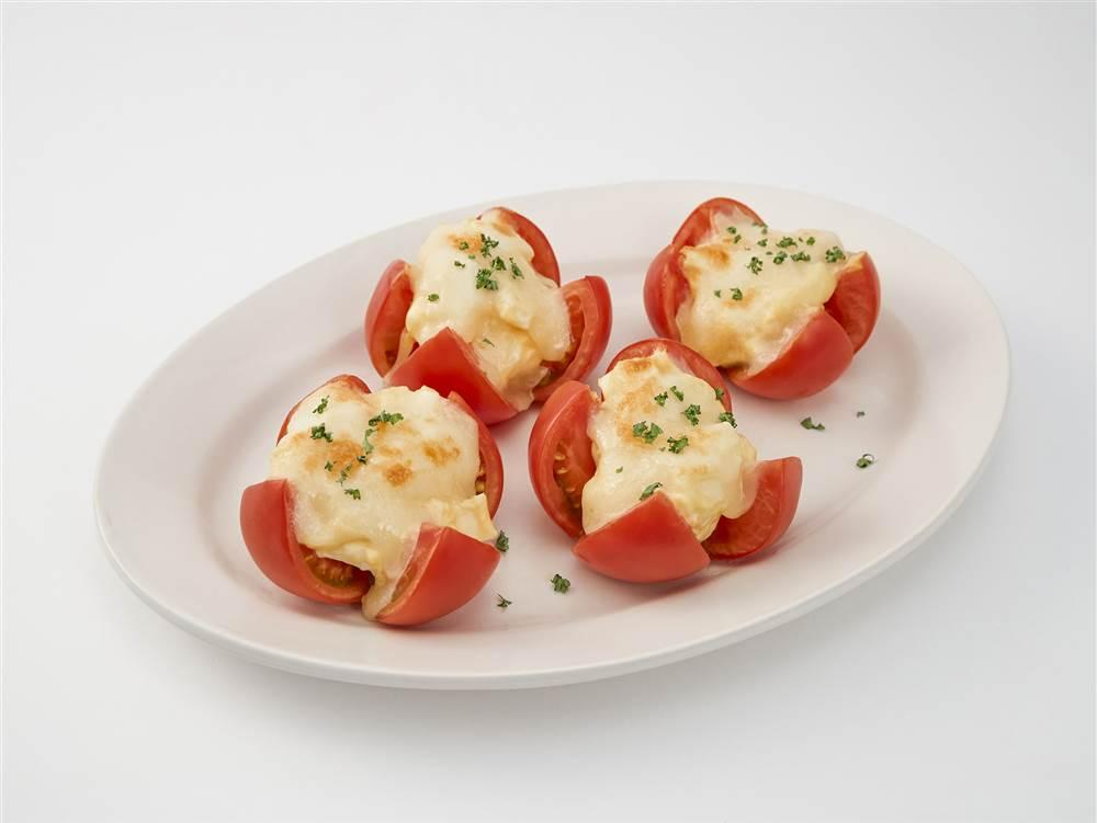 写真:トマトとたまごのオーブン焼き
