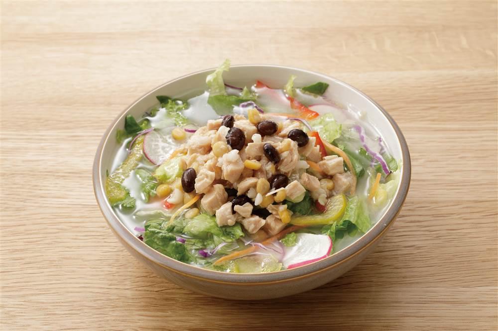 写真:スープ仕立てのサラダ ゆず香る生姜白湯ソース