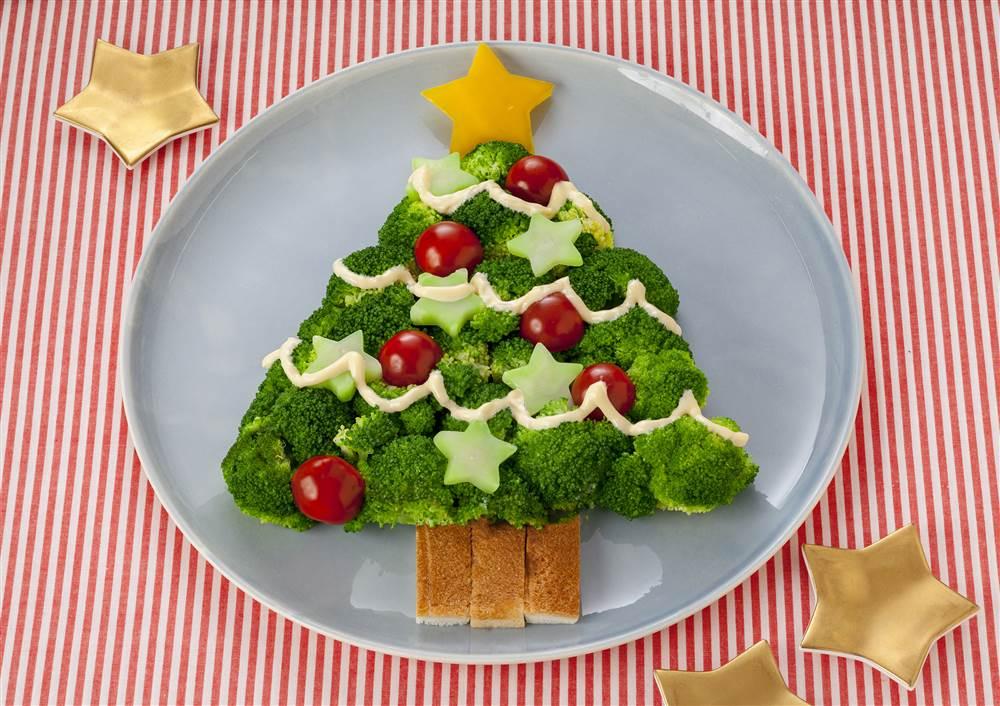 写真:ブロッコリーのツリーサラダ