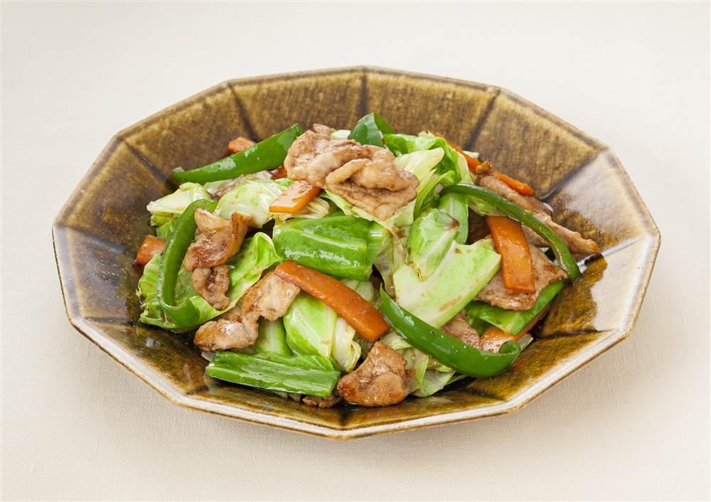 写真:キャベツと豚肉のドレッシング炒め
