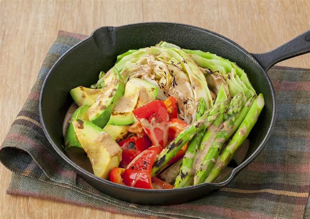 写真:彩り野菜の焼きサラダ