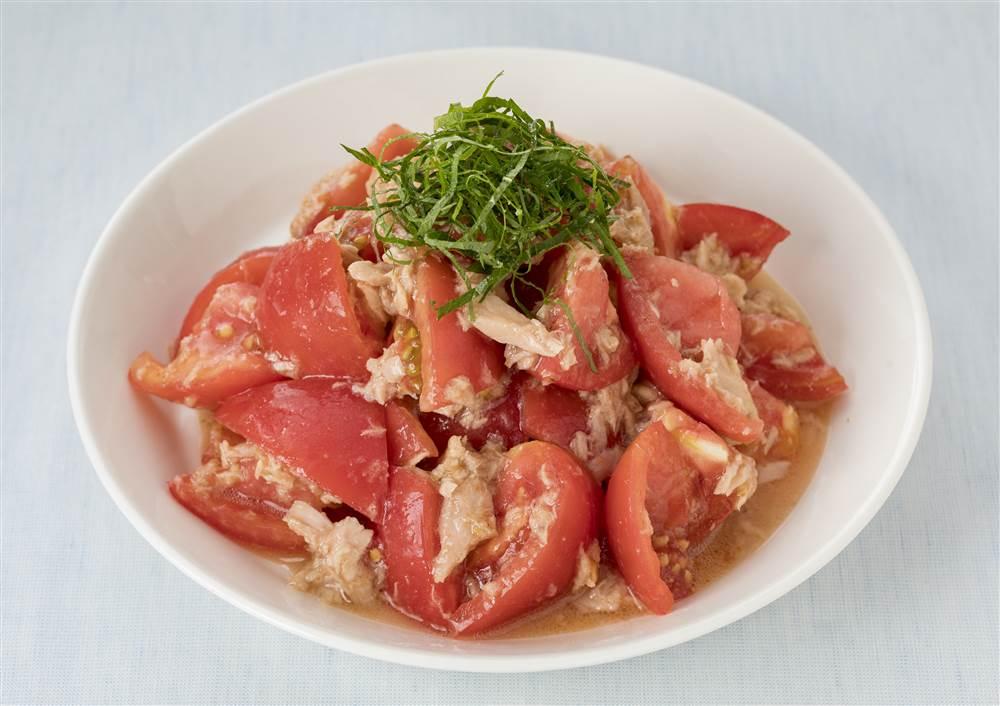 写真:トマトとツナのあえサラダ