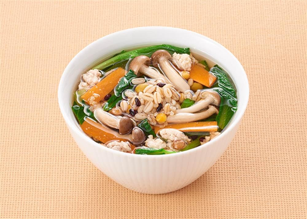写真:もち麦ミックスと鶏ひき肉の和風スープ