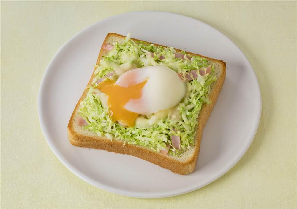 写真:半熟たまごの巣ごもりトースト