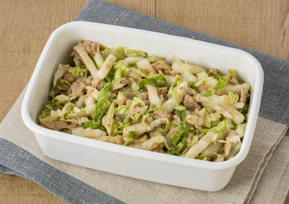 写真:白菜とツナのサラダ